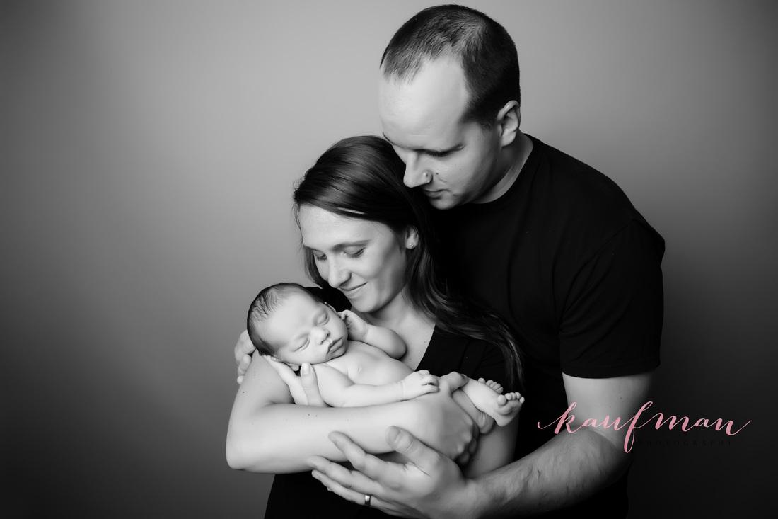 Newborn family photo, Picture of a newborn, picture of a newborn baby girl, newborn photography, professional newborn photo, newborn photo session.