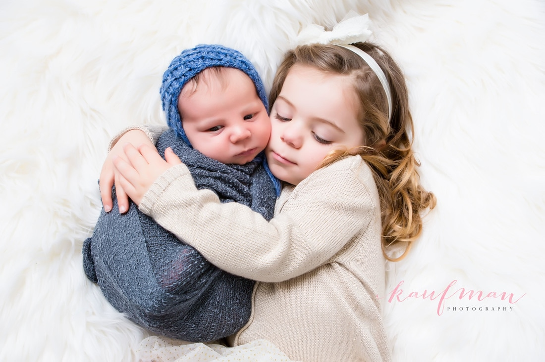 newborn baby with sister, newborn and sibling, newborn photo