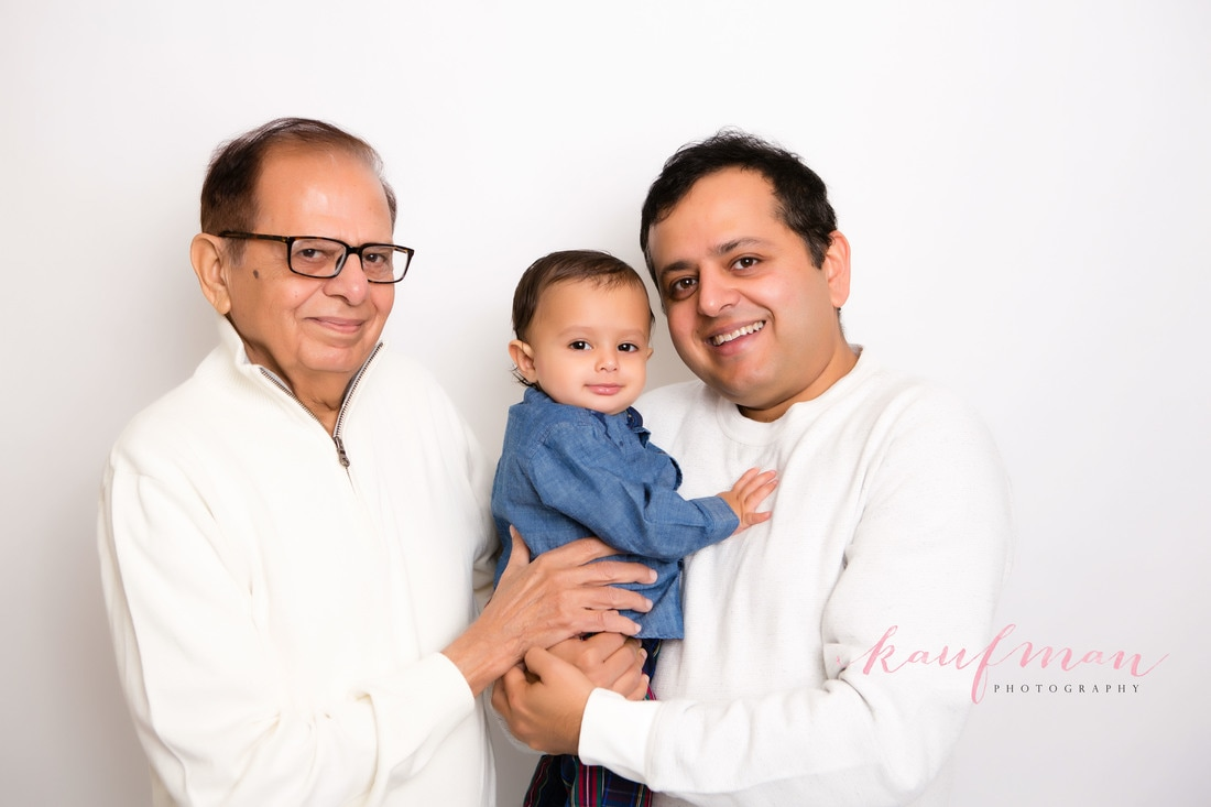 Picture of Baby with father and grandfather, Picture with grandparents, 1 year old photo, photo of 1 year old, 1 year photo session, first birthday photo session, family photo session