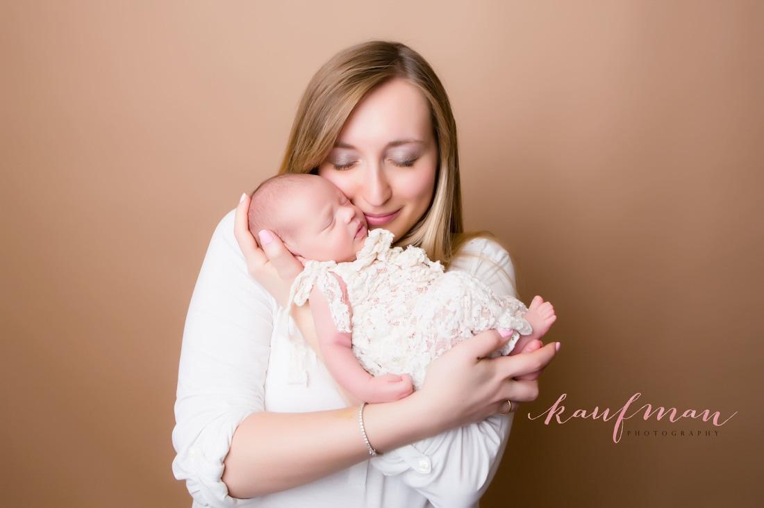 Newborn photo, newborn photography, newborn baby girl, family photos