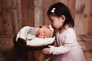 Booking a Newborn Photo Session 2